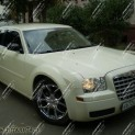 Автомобиль бизнес-класса Chrysler 300C